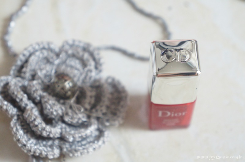 Unhas Esmalte Rouge Altesse 999 Dior e Pelicula Xadrez e Renda Rosa - Loi Curcio-2