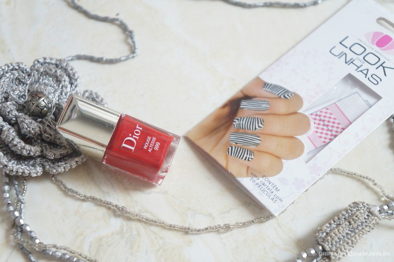Unhas Esmalte Rouge Altesse 999 Dior e Pelicula Xadrez e Renda Rosa - Loi Curcio-4