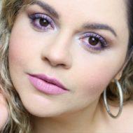 Batom: Karol Pinheiro Para Tblogs (Tracta) | Rosinha Cinza Roxinho Frio